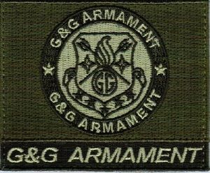 ECUSSON OU PATCH CARRE G&G ARMAMENT KAKI SCRATCH